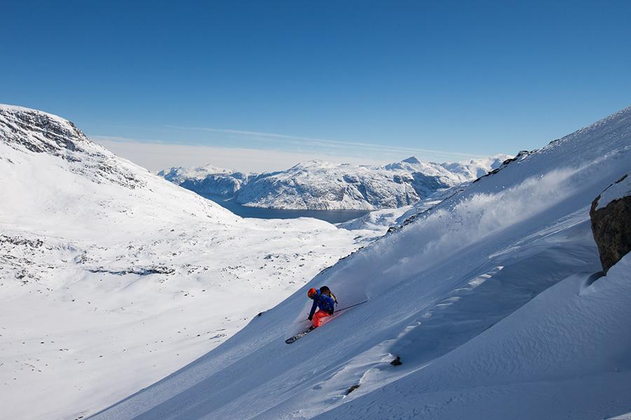 Les premiers à skier sur ces pistes du pôle nord